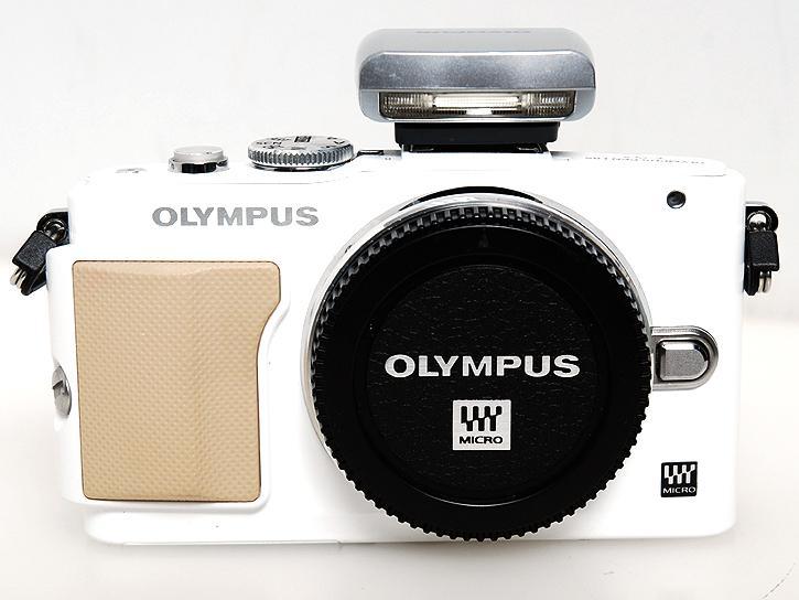 OLYMPUS PEN Lite E-PL5 ボディ [ホワイト]
