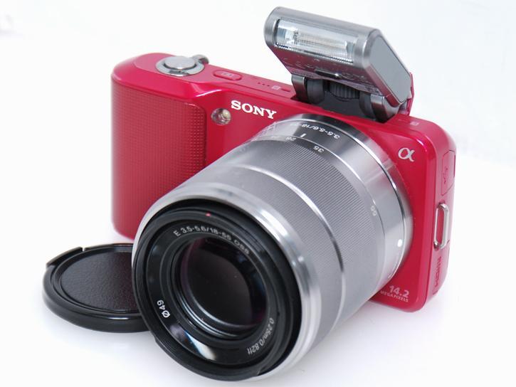NEX-3 �i�ԁjE18-55mm F3.5-5.6OSS�t