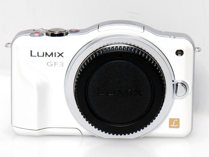 LUMIX DMC-GF3 �i�z���C�g�j�{�f�B