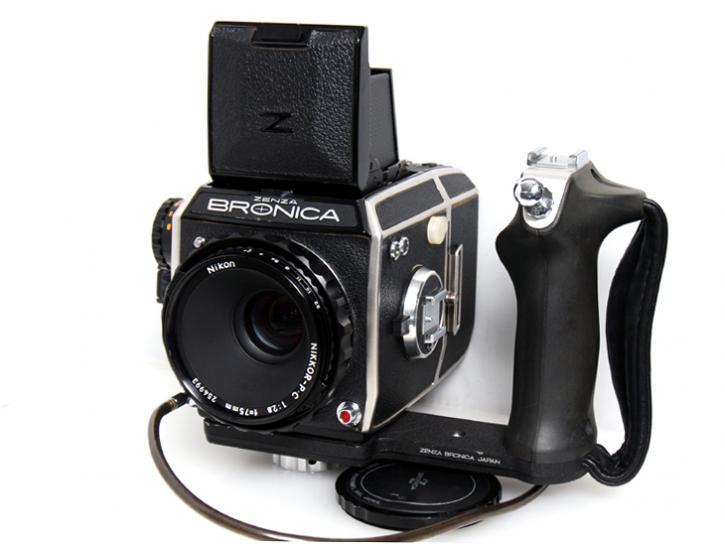 EC 75mm F2.8付
