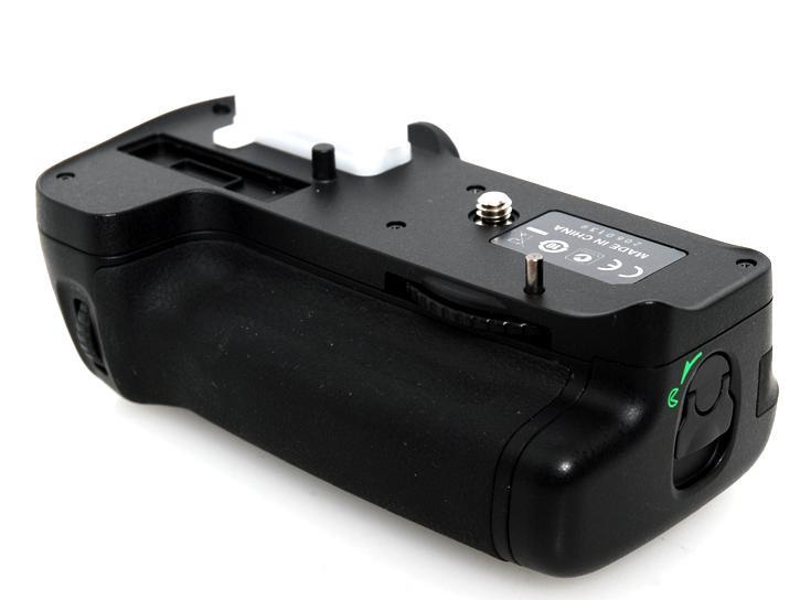 MB-D11 (D7000用バッテリーグリップ)