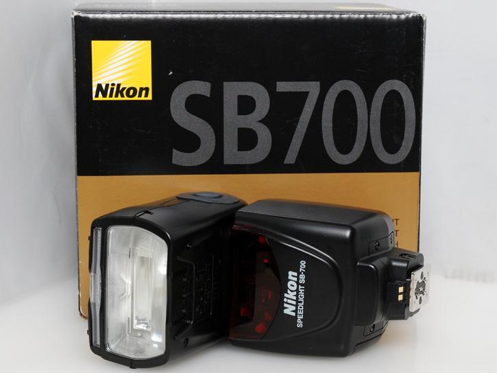 スピードライト SB-700
