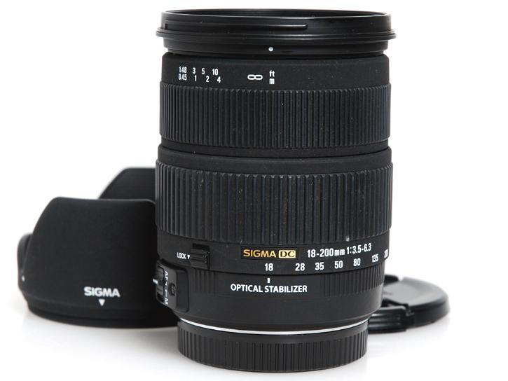 18-200mm F3.5-6.3 DC OS (キヤノン用)